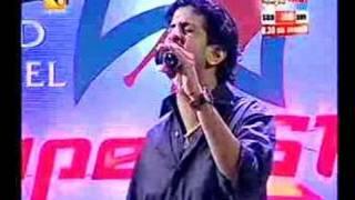 Malayalam, English, Hindi & Tamil medley by Job Kurian - Amrita TV Super Star 2006