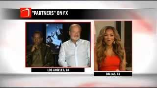 Pat Smith Surprises Martin Lawrence & Kelsey Grammer During Interview