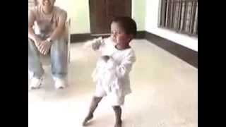 Tujhe Dekh Dekh Sona Sung By Small Baby