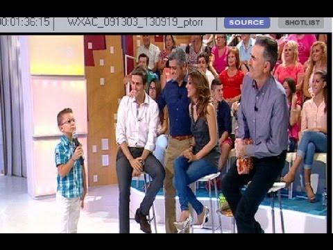 Alejandro canta en Menuda noche la sevillana de la nueva temporada de Canal Sur (2013)