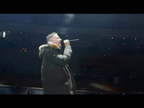 AN EVENING WITH MACKLEMORE & RYAN LEWIS 2016 - BEFORE IT BEGINS