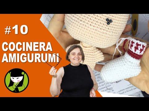 COCINERA AMIGURUMI 10 pantalon de muñeco tejido a crochet