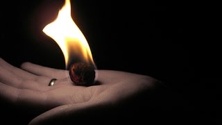 How To Hold Fire - Simple Fire Ball Magic - Cold Flame Realistic Effect - Without Burning Your Self