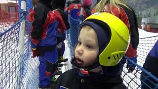 Макс в Дубаи День#7 едем кататься на санках и больших шарах в Ski Dubai indoor interteinment