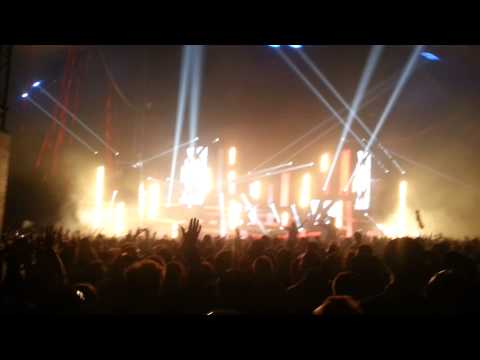 MK Creamfields 2014 Playing Drew Hill - Talk To You (Groove Armada Rmx)