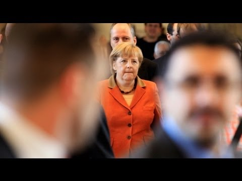 Merkel presses for greater political and economic cooperation