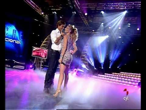 Marta Sánchez&Carlos Baute · Colgando En Tus Manos ·