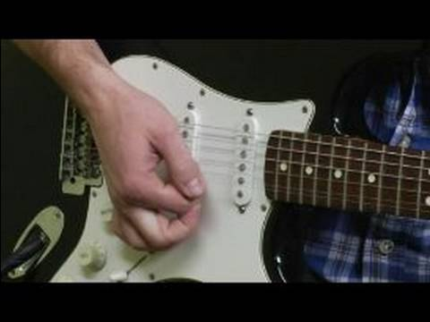 how to change strings on an electric guitar how to stretch re tune your guitar strings youtube. Black Bedroom Furniture Sets. Home Design Ideas