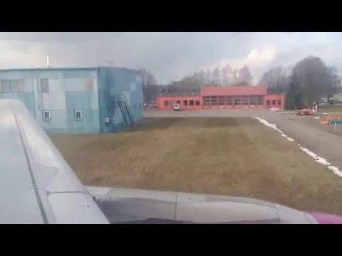 Wizz Air A320 Landing Memmingen Allgäu Airport