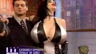 Big boobs gallires