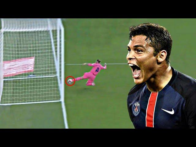 10 تدخلات انتحارية و بطولية لن تنسى ابدا في تاريخ كرة القدم #2