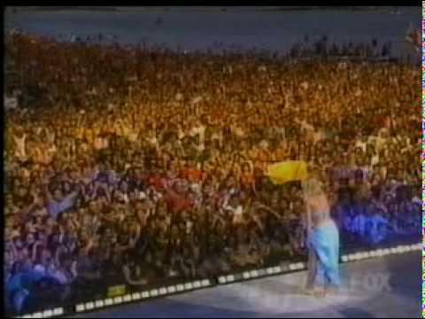 Britney in Hawaii (full concert PART 1/5)