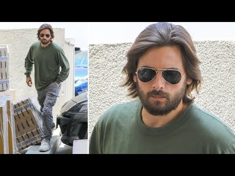 EXCLUSIVE - Scott Disick Casually Growing Out His Hair