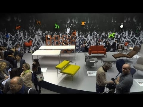 italie ouverture du salon international du meuble de milan youtube. Black Bedroom Furniture Sets. Home Design Ideas