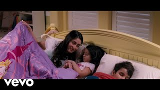 We Are Family - Kareena, Kajol | Sun Le Dua Yeh Aasman Video