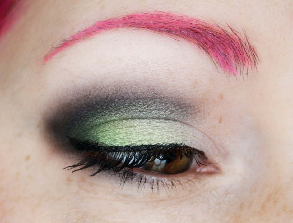 comment je colore mes sourcils en rose youtube - Coloration Sourcil