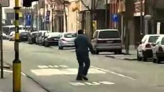 drunk pakistani muslim in hasselt belgium persented by khalid Qadiani.flv