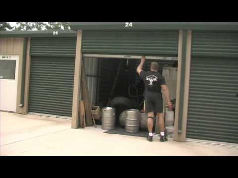 Strongman Travis Ortmayer -the Texas Stoneman