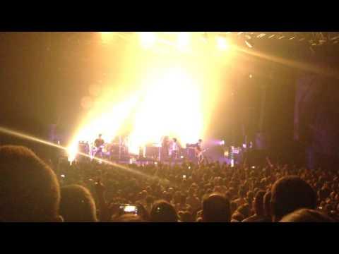 Superbus (Transbordeur, Lyon 2016) - Radio Song