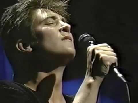 Turn Me Round and 3 Cigarettes k.d. lang back on Carson show a week later!