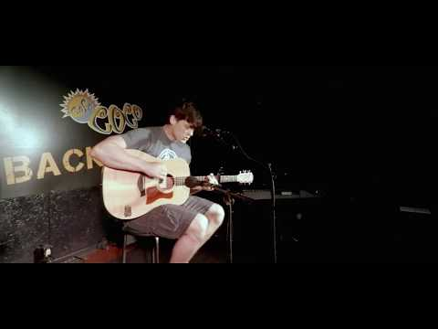 Mike Swindell - Fleeting Love (original song) live at Cafe CoCo in Nashville