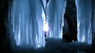 万世大路 二ツ小屋隧道の氷柱