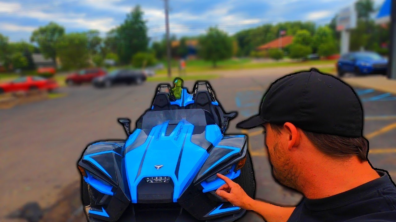 Polaris 2020 Slingshot Automatic REVIEW! (my thoughts/ honest opinions) and Lotus Oil Change!