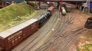 Silverliners and GG1s on the Corridor