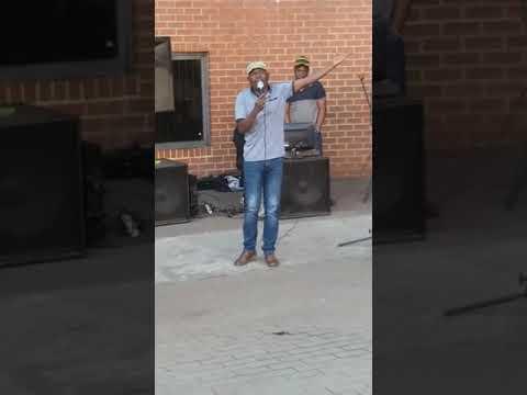 Khakhathi Tshisukule - Nelson Mandela vho rengisa shango