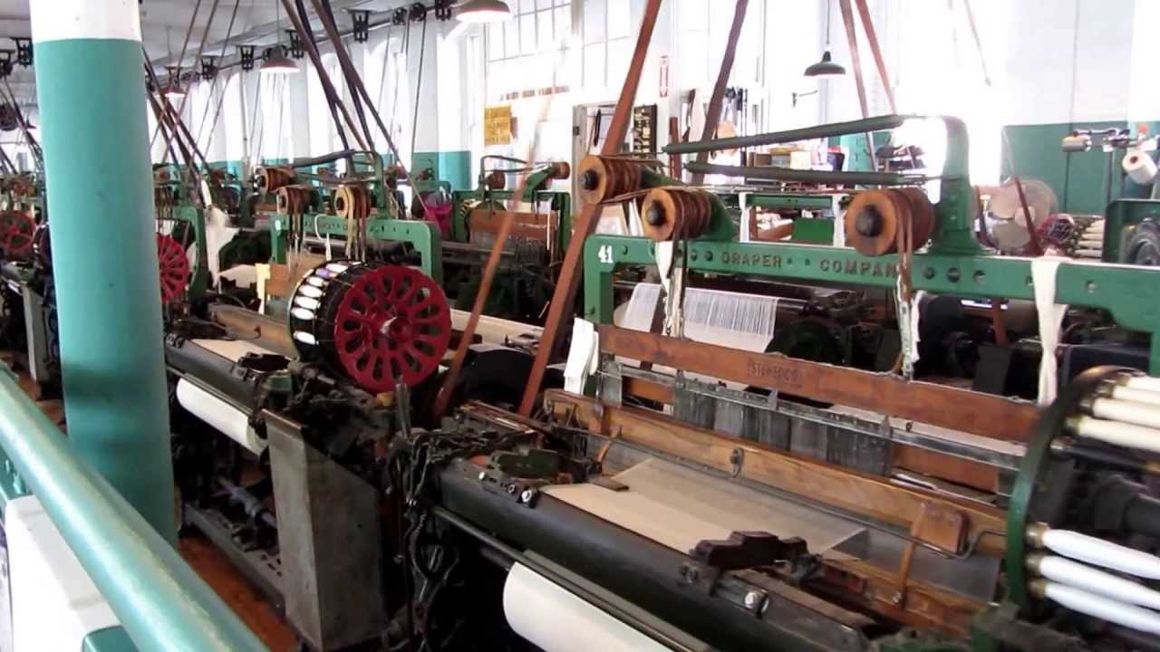 A boot mill still in operation. - Boott Cotton Mills Museum