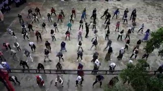 Flash Mob SMK Muhammadiyah 1 Palembang. Keren!!! #Hondaxpresisatuhativaganza2016