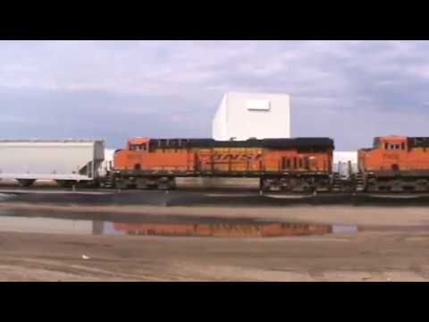 BNSF General Freight Tulsa, OK 9/28/17 vid 6 of 14