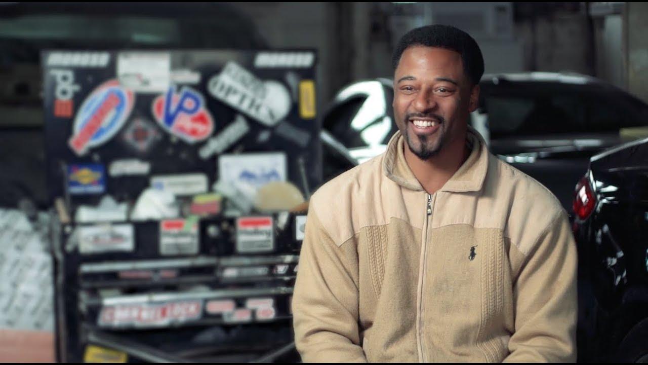 automotive mechanic what i do how much i make khan academy youtube. Black Bedroom Furniture Sets. Home Design Ideas