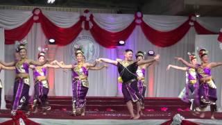 HMONG INTERNATIONAL NEW YEAR DANCE 2017 - NKAUJ IAB NRAUG OO