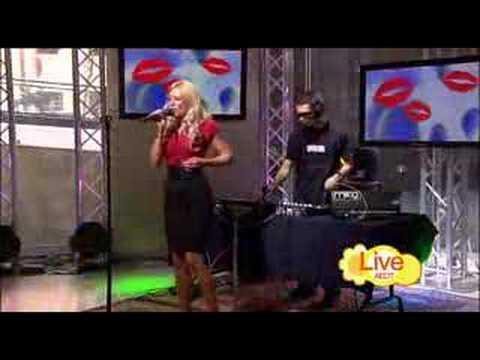 Melissa Tkautz vs. Neon Stereo - Read My Lips 2008