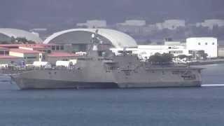 インデペンデント級LCS2番艦コロナドがサンディエゴ港に入港して来ると...