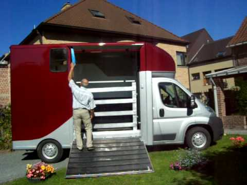 a vendre camionnette transport 2 chevaux permis b youtube. Black Bedroom Furniture Sets. Home Design Ideas