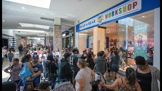 'Overwhelming' crowds at Build-A-Bear stores