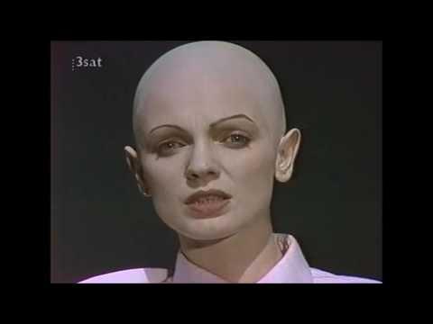 Der gute Mensch von Sezuan (1966)из YouTube · Длительность: 3 ч1 мин46 с