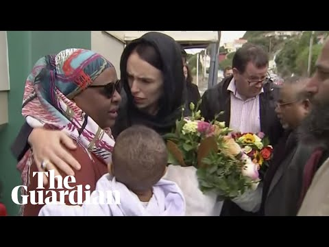 Jacinda Ardern lays wreath and meets families of Christchurch shooting victims Mp3