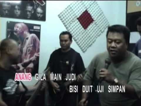 Musicxpress-Rock Gila Judi