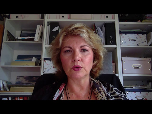 Viviane, CEO - France: Executive coaching and consultancy service to reveal your light.
