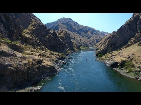 Drone Flyover of Snake River Through Hells Canyon at Pittsbu