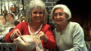 Paula Deen Deep-fries A Thanksgiving Turkey