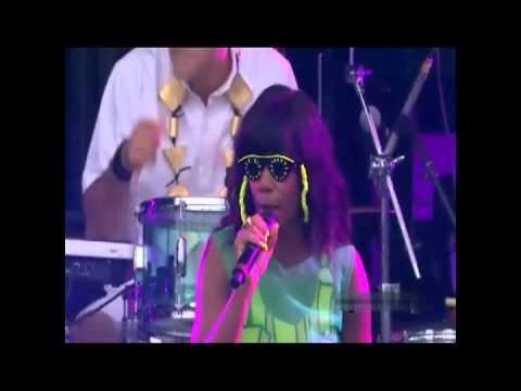Santogold  Santigold - Say Aha / The Keepers Live @Made In America Festival Philadelphia 9-2-12