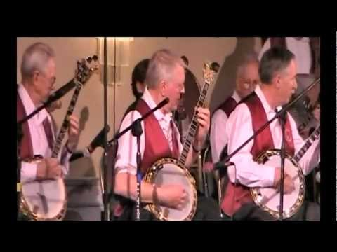 "WINELAND BANJO BAND plays ""Robert E. Lee"""