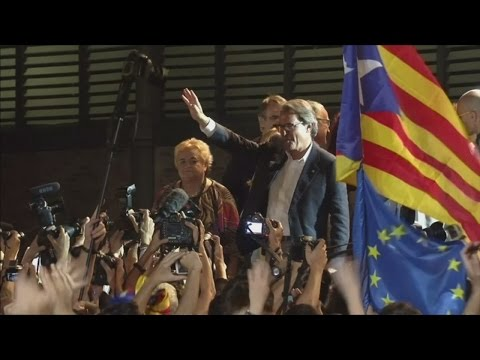 Pro-independence parties win absolute majority in Catalonia