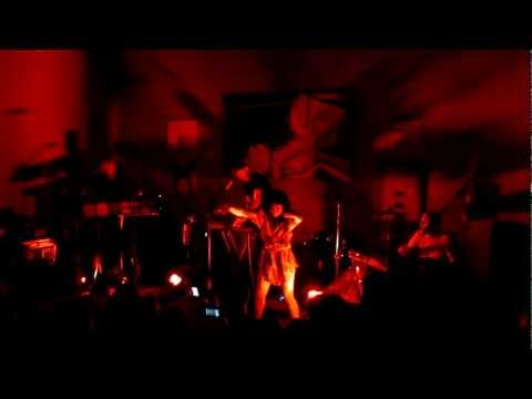 Little Dragon - Live at Shadow Lounge (multicam, stereo)