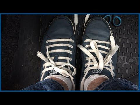 Как завязать очень длинные шнурки
