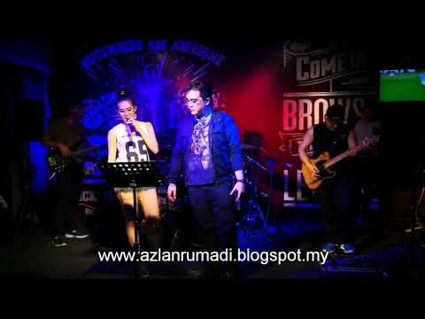 BRING ME TO LIFE BY SIDE SIXTH BAND AT MOTOWNERS CAFE KUCHING, SARAWAK - APRIL 2018.